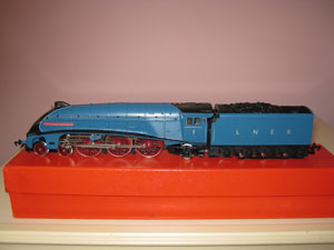 Hornby Railways LNER Class A4 Locomotive Sir Ronald Matthews Limited Edition