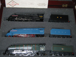 Hornby Railways Sir Ralph Wedgwood The Collection 3x Class A4 Locomotives